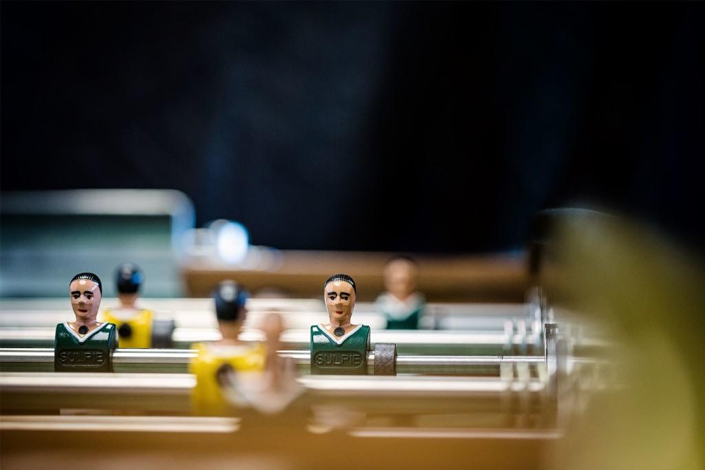 Individuell bemalte Spieler machen den Reiz eines Sulpie-Tischfussballtisches aus