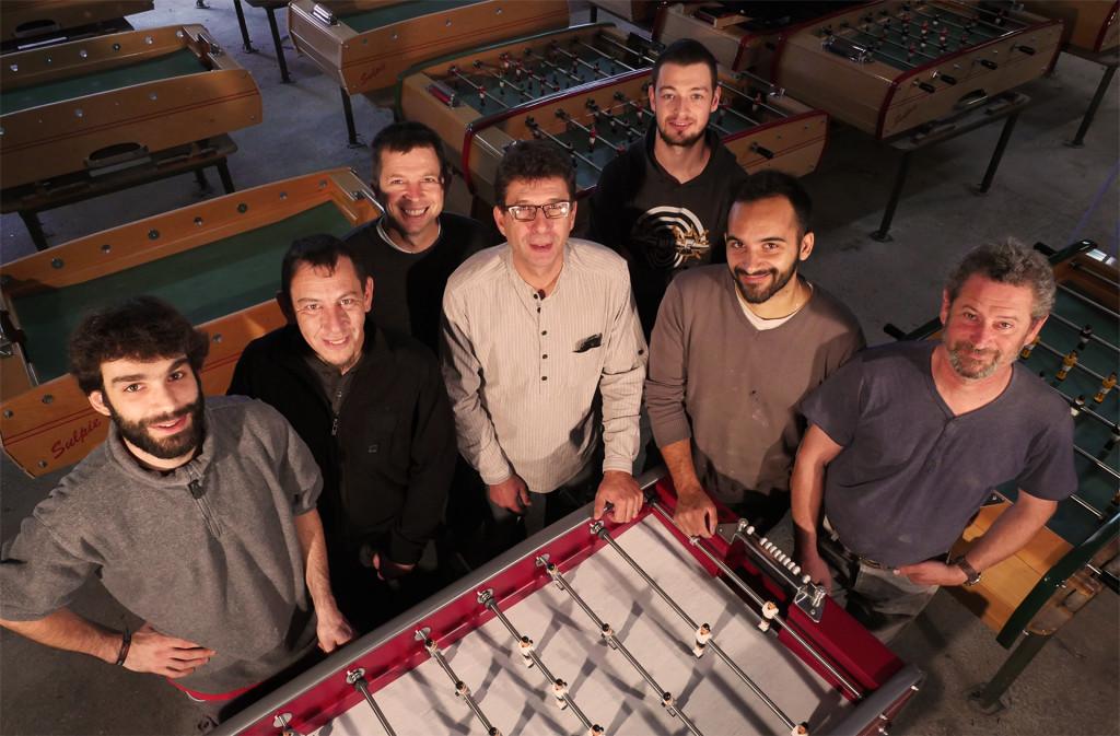 Das Handwerker-Team, in der Mitte CEO Olivier Sulpie